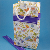 Easy gift bag with paper ribbon trim