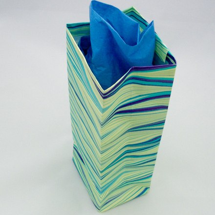 How To Make Easy Gift Bags Boxes And Bags Aunt Annies Crafts