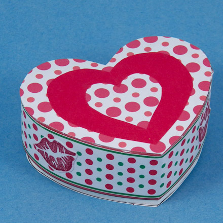 Make a Heart-Shaped Box for Valentine's Day - Boxes and ...