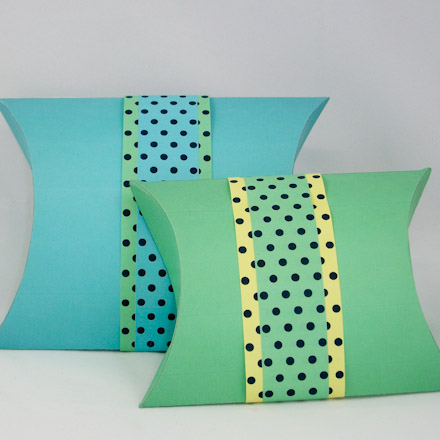 How to make pillow boxes boxes and bags aunt annies crafts pillow boxes with paper ribbon pronofoot35fo Image collections