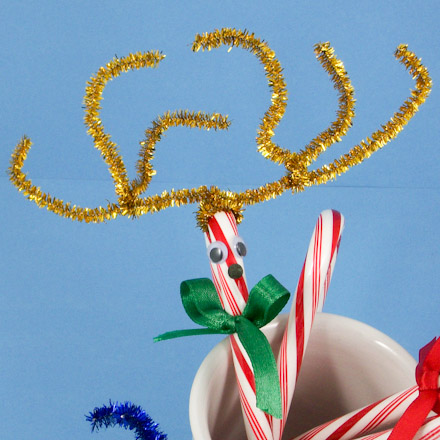 How To Make A Candy Cane Reindeer Christmas Crafts Aunt Annies