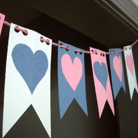 How to make a valentine flag banner valentine 39 s day - Decoracion san valentin manualidades ...