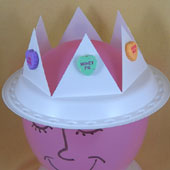 Valentine crown made from a plastic plate