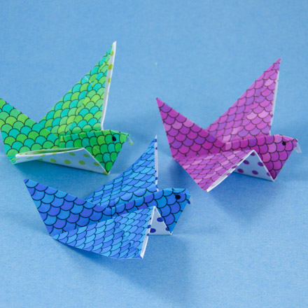 How To Make Origami Flying Birds Friday Fun Aunt Annies Crafts