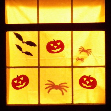 tip halloween cutouts make terrific window decorations - Halloween Cutout Decorations