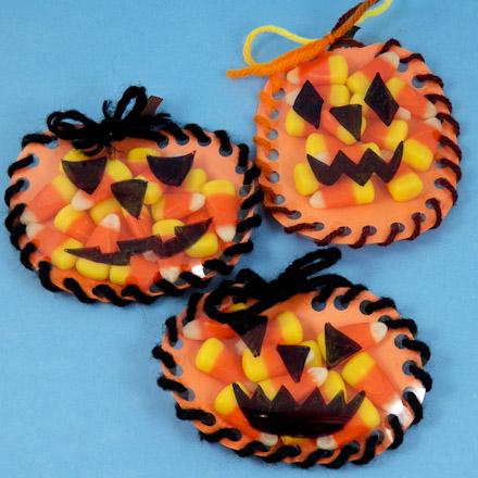 How to Make a Sew-a-Pumpkin Halloween Favors - Halloween Crafts ...