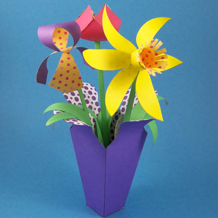 Make A Spring Paper Flower Bouquet Party Decoration Craft Projects Aunt Annie S Crafts