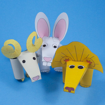 how to make three finger puppets puppets around the world aunt
