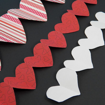 How To Make Paper Heart Chains Valentines Crafts Aunt Annies Crafts